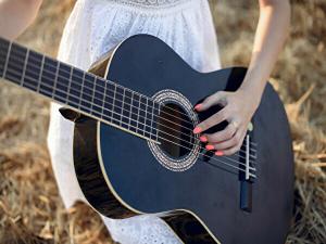 アコースティックギターのイメージ画像