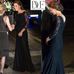 キャサリン妃が黒のドレスを着て公務されてるところ