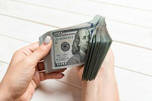 IMFが消費税15%を提案した際のお金のイメージ画像
