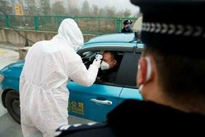中国でのコロナの消毒風景