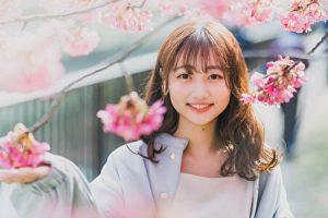 西脇萌と桜の写真
