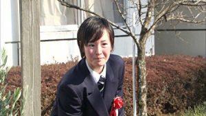 藤田菜七子騎手の学校卒業時の画像