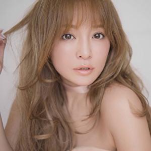 浜崎あゆみの金髪の時の写真