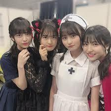 乃木坂の金川紗椰と他のメンバー