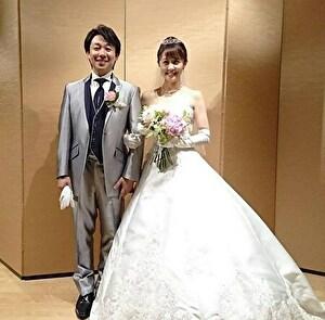 小林麻耶と國光吟の結婚式の姿